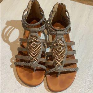 Gladiator shoes 7Med